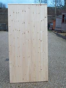 FLAT TOP FULLY FRAMED TONGUE & GROOVE GATE